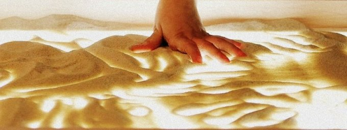 sand-drawing-3